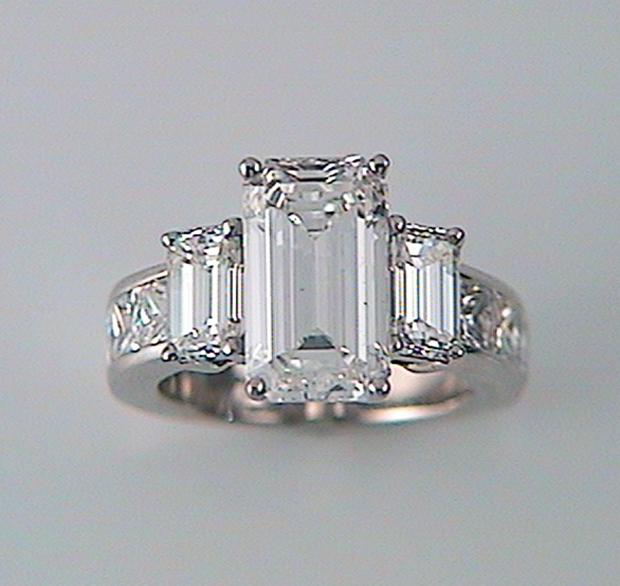 Brilliant White Emerald Cut Diamond Ring With Emerald Cut