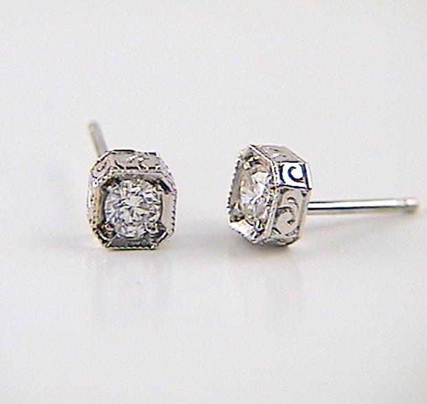 Round Diamond Earrings In Antique Style Setting K W Jewelry Kestenbaum Weisner